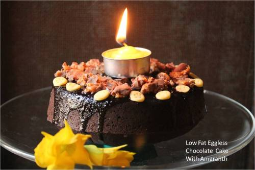 Low fat eggless Choclate cake with Amaranth