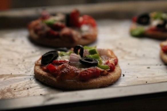 mini pizzettes