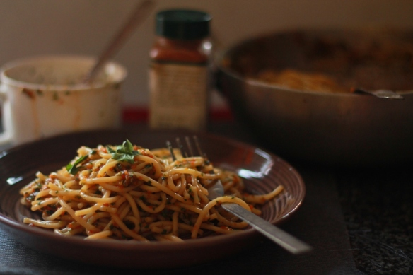 pasta with chilly and bell pepper sauce